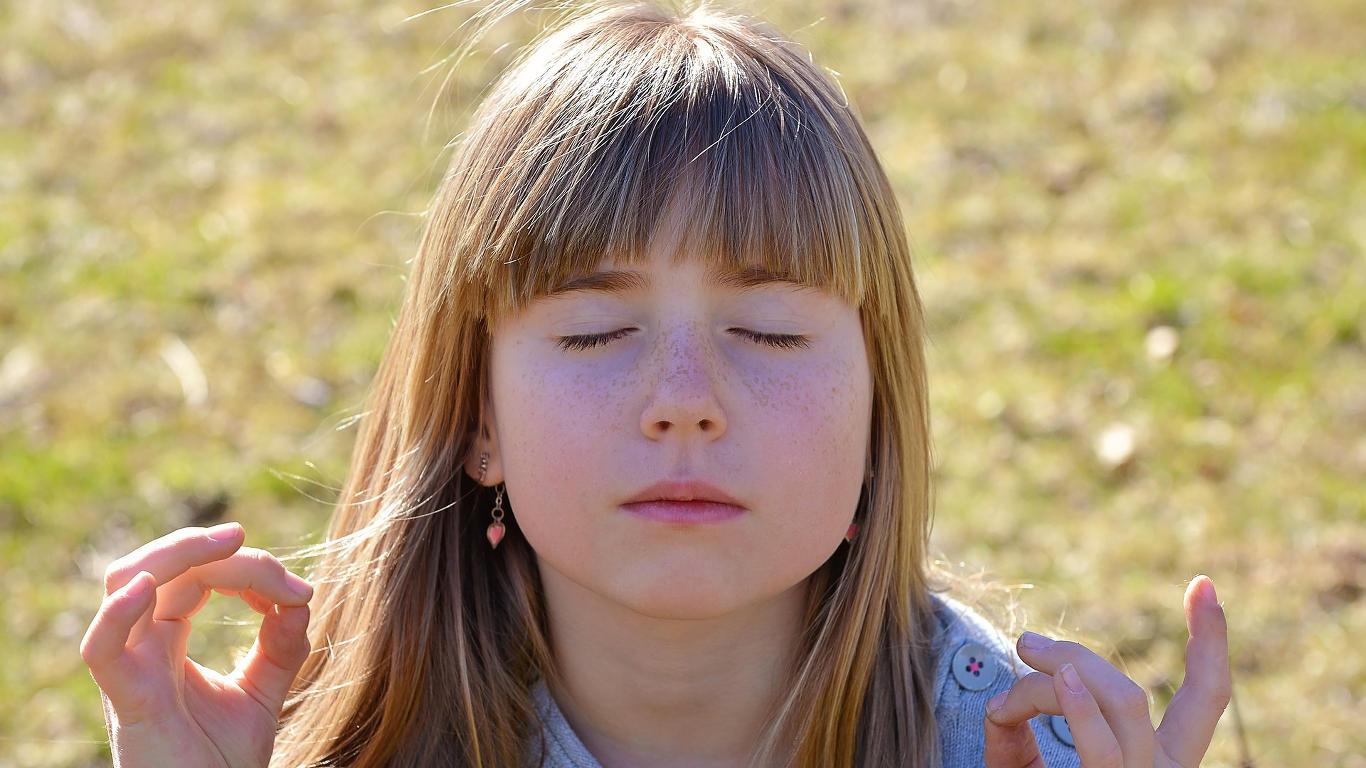 Warum Meditation mit Kindern Achtsamkeit Entspannung Stress Gesundheit Meditation Technik Meditieren lernen